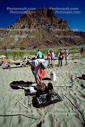 Grill, Colorado River, Sandy Beach