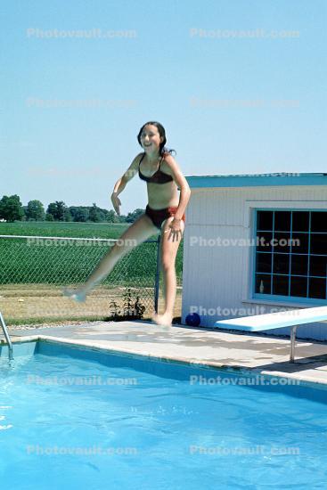 Diving Board, Jump, Swimming Pool, Backyard Swimming pool ...