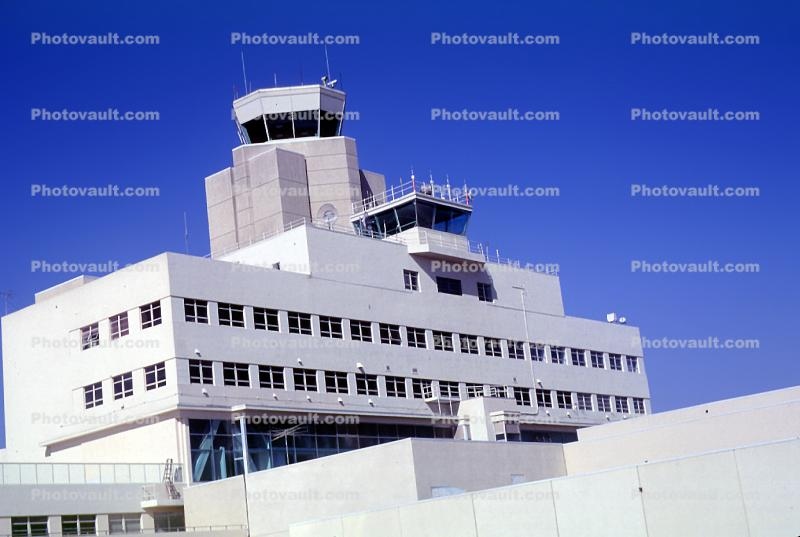 San Francisco International Airport (SFO), Control Tower