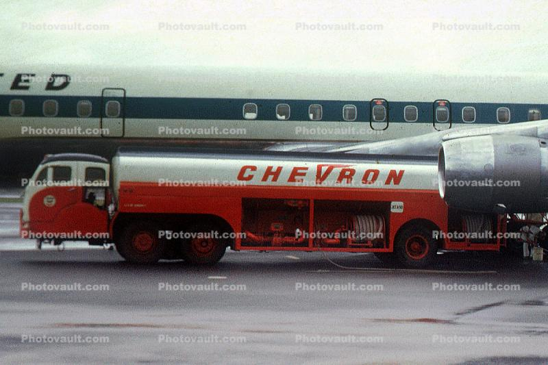 Chevron Fuel Truck, Refueling, Fueling, Douglas DC-8, Ground Equipment, 1960s