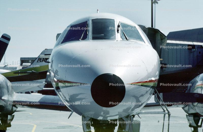 Fairchild Metroliner head-on, nose
