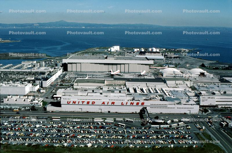 San Francisco International Airport (SFO), Hangars, buildings