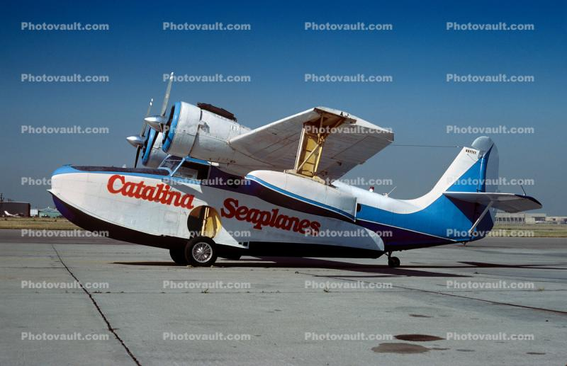 N69263, Catalina Airlines, Grumman Goose G-21A seaplane, March 1984, 1980s