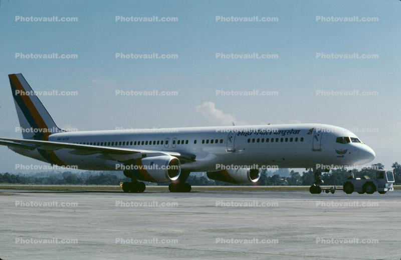 Boeing 757-2F8M, 9N-ACB, Kathmandu International Airport, RB211-535 E4, RB211, 757-200 series