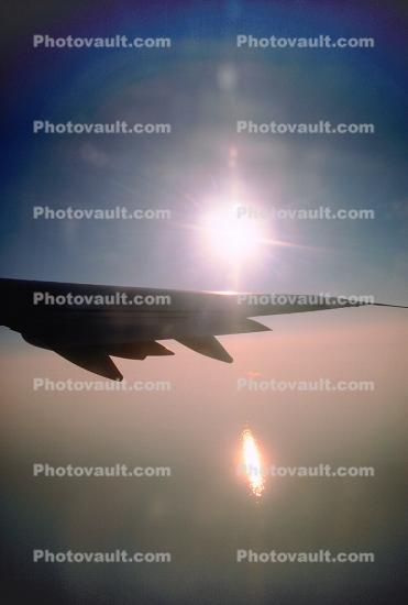 Boeing 747, Lone Wing in Flight, Flaps, Ailerons
