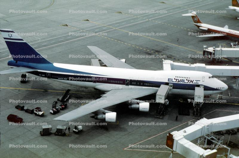 4X-AXD, Boeing 747-258C, El Al (ELY), Lester B. Pearson International Airport, 747-200 series