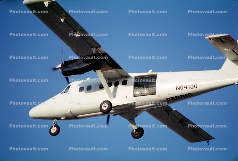 N64150, De Havilland DHC-6 Twin Otter, Parachuting Aircraft, PT6A-60A, PT6A