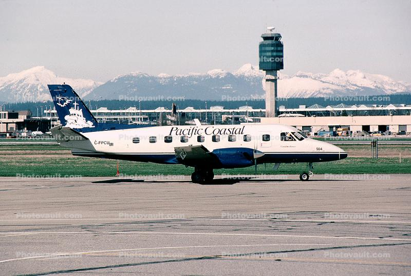 C-FPCU, Embraer Bandeirante EMB-110PI, Pacific Coastal Airlines, Vancouver Airport, PT6A