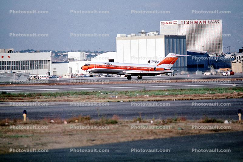 Tishman Building, Project Azorian, PSA Boeing 727, Taking-off