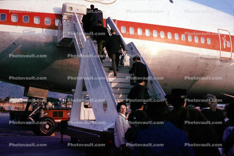 Stairs, Steps, Boarding Passengers, Boeing 747, Mobile Stairs, Rampstairs, ramp