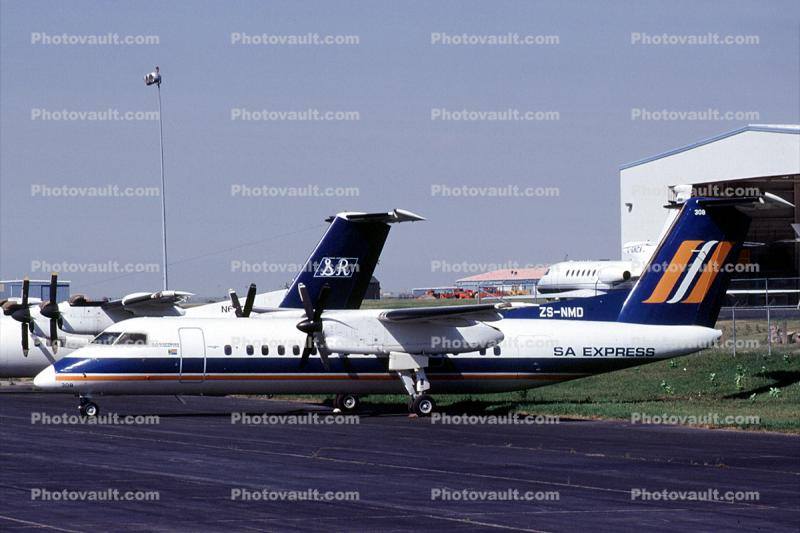 ZS-NMD, De Havilland DHC-8-314B, South African Express, Q300