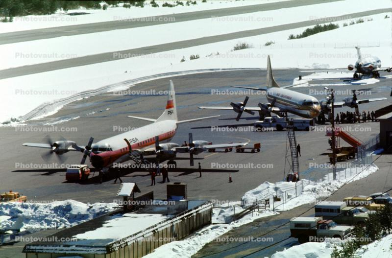 Lake Tahoe Airport TVL, Snow, Ice, cold, April 1975, 1970s