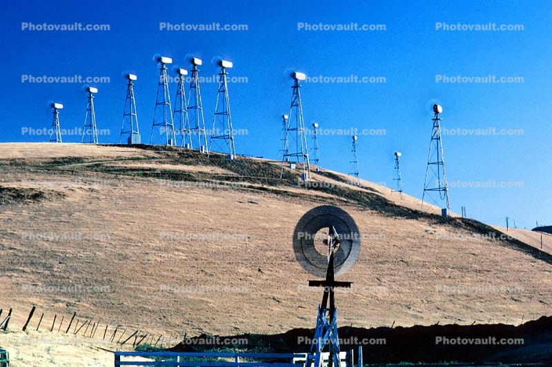 Spinning Blades, Wind farms, Altamont Pass, Eclipse Windmill