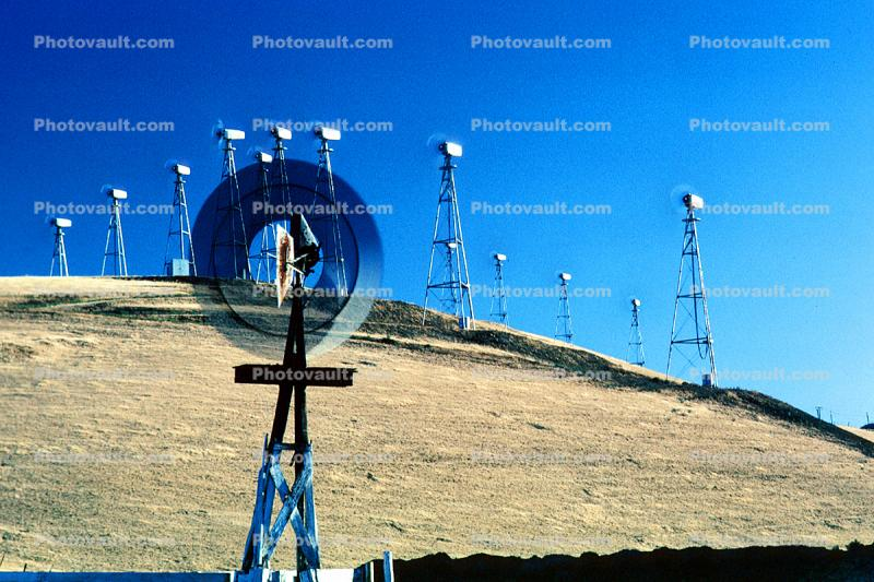 Wind farms, Altamont Pass, Spinning Blades, Eclipse Windmill