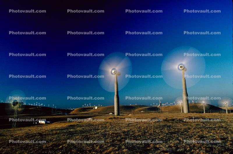 Altamont Pass, Spinning Blades, Propeller, Turbine, spinning, spin, spins, Rotor, rotation, blur, Wind farms