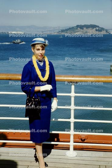 Woman, Hat, Dress, Formal, Purse, Lei, Matsonia, 1963, 1960's, Cruise Ship, IMO: 5229223