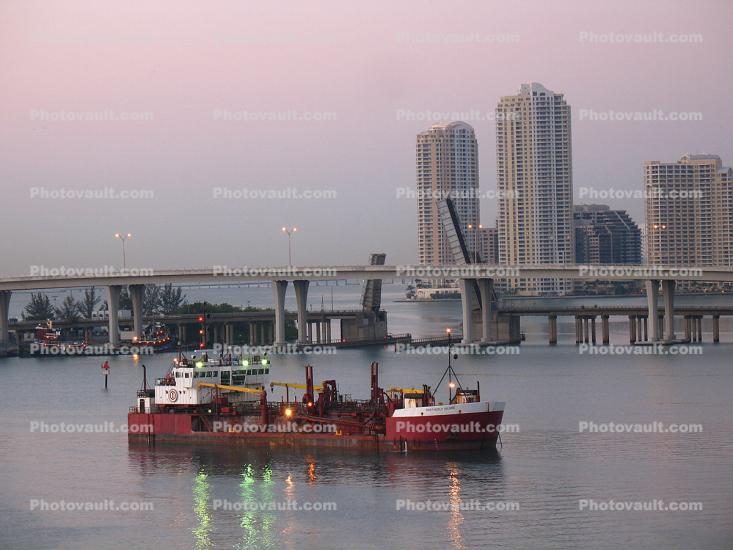 Northerly Island, Trailing Suction Hopper Dredger, Port of Miami, Miami Harbor
