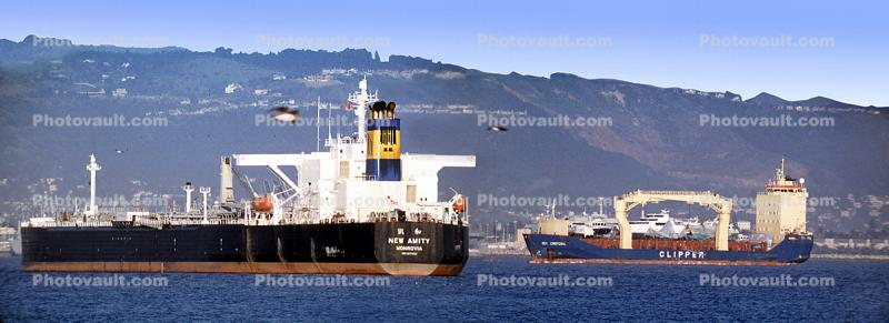 New Amity, IMO: 9177820, Crude Oil Tanker, Supertanker, Harbor