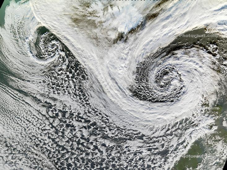Extratropical Cyclones near Iceland, Spiral