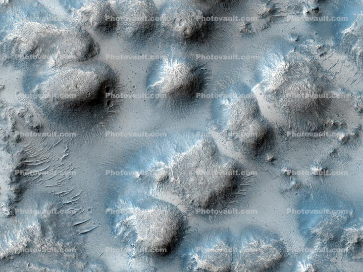 Mounds on Mars