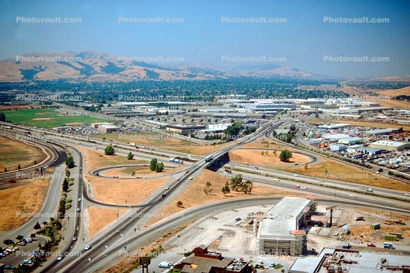 Six ramp Parclo Interchange, Interstate Highway I-580, Pleasanton, California