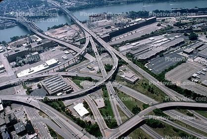 Interstate Highway I-75, I-71, Interchange, Maze, tangle, overpass, underpass, intersection, exit, entrance, Cincinnati, urban