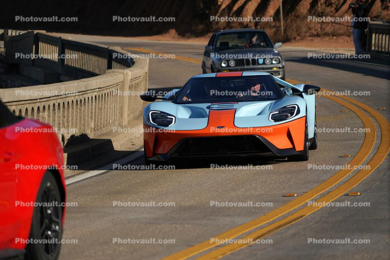 2019 Ford GT Heritage Edition, #9 Gulf Racing