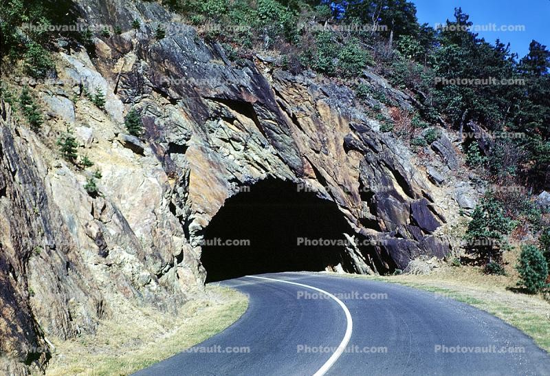 Tunnel, Highway, Roadway, Road, Curve