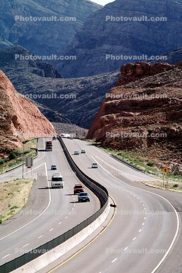 Cars, Level-A Traffic, Curve, Freeway, Lanes, Dashed Lines, Interstate Highway I-15, Car, Vehicle, Automobile