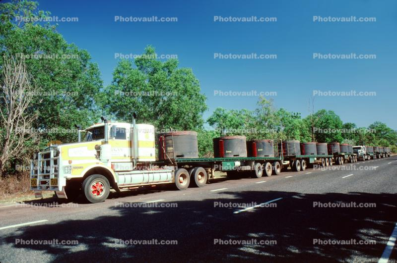 road-train, Wide Load, oversize, Australia, Semi, Triple Trailer, Long Load