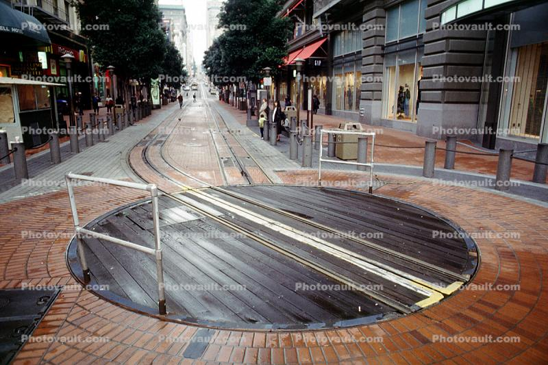 The turnabout at 5th and Market, Turnaround, Turntable, Powell Street, Tracks