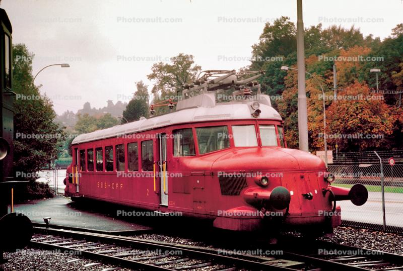 "RBe 2/4, Electric Express Powered Rail Car ""Red Arrow"", Rote Pfeil, single body light steel railcar, Swiss Federal Railways, Lucerne, 1950s"