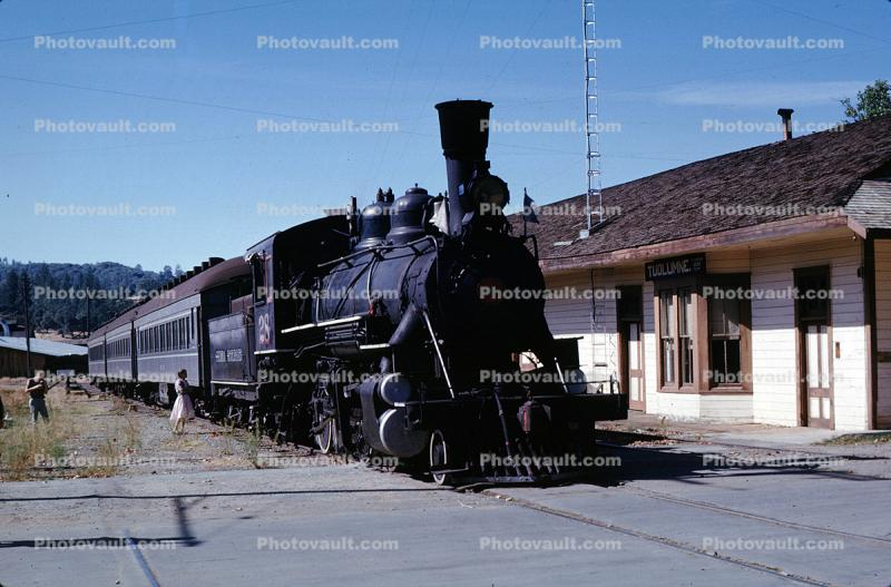 Tuolumne Train Depot, Sierra Railroad #28, 2-8-0, Tuolumne, October 1963, 1960s