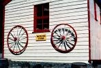 Wagon Wheels, Queenstown, CDNV01P05_01