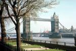 Tower Bridge, London, River Thames, Buckingham Palace Gardens, 1950s, CEEV01P14_04.1517