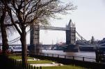 Tower Bridge, London, River Thames, 1950s, CEEV01P14_04