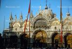 St. Mark's Square, Venice, CEIV01P09_08.2592
