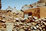 Homes, Building, Dogon Country, Mopti Region, Sahil, Sahel, Thatched Roof House, Home, roundhouse, Sod, CJQV01P02_17.0380