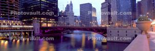 Chicago River, Panorama, Twilight, Dusk, Dawn, buildings, skyscrapers, cityscape, skyline, CLCV06P15_19