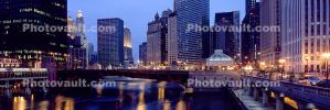 Chicago River, Panorama, Twilight, Dusk, Dawn, buildings, skyscrapers, cityscape, skyline, CLCV07P01_03