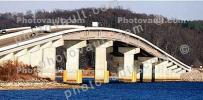 arch of a bridge, Panorama, CMTV02P05_13B