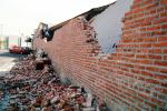 Brick Wall, Northridge Earthquake Jan 1994, Building Collapse, DAEV03P13_03