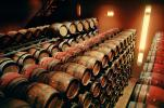 wine barrels, Oak Aging barrels, Wood, Wooden Barrels, Fermenting Tanks, FAWV01P01_07
