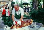 Chopping Head, Decapitating, Pig Head, Carving, Chef, Decapitated, Knife, Meat, White Meat, Tray, Tablecloth, Roasted Pig, Roast, FDNV02P03_08