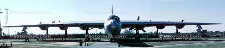 Convair RB-36H Peacemaker, head-on, MYFV10P01_14B
