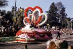 Florists Telegraph Delivery, Cupid, Arrows, Hearts, Rose Parade, Pasadena, January 1961, 1960s, PFPV05P15_02