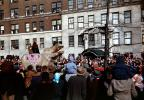 Hippopotamus float, Crowds, people