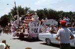 Bicentennial Float, 1976, Crowds, people, 1970s