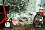 Bicycle, Scooter, Woody Woodpecker, opening presents, 1950s