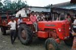 Tractor, Man, Male, Guy, near Ahmedabad, PORV08P05_12